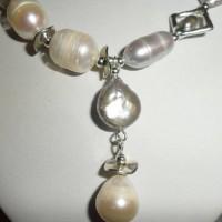 COLLIER perles de culture, keshis, grises, blanches, perles argentées,50 cm