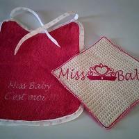 Bavoir éponge bébé fille  & 1 débarbouillette broderie Miss Baby-repas de bébé -idée cadeau -confection en France
