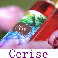 Brume de Linge Cerise Senteur Fruitée 100 Ml Spray d'Ambiance Chambre Maison Désodorisant Textile Parfum Naturel d'Oreiller et D'intérieur Aromathérapie