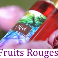 Brume de Linge Fruits Rouges Senteur Fruitée 100 Ml Spray d'Ambiance Chambre Maison Désodorisant Textile Parfum Naturel d'Oreiller et D'intérieur Aromathérapie