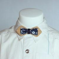Pour BÉBÉ : Petit noeud papillon bois et tissu liberty bleu marine et blanc