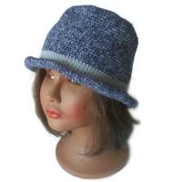Chapeau bonnet crochet vegan bleu jean fait main hippie chic style chapeau melon pour femme