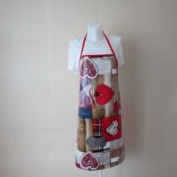 Tablier femme en toile cirée rouge, bleue, marron et blanche motif écossais