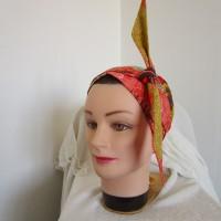 Foulard chimio femme, turban de couleur jaune, orange, marron, vert motif fleuri