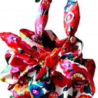 sac furoshiki fleuri en tissu enduit : cadeau petite fille