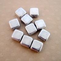 Lot de 10 perles carrés 6 mm Silver