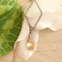Collier pendentif larme Swarovski