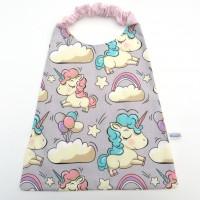 Serviette de table élastiquée pour enfant en coton gris avec licornes, serviette cantine.
