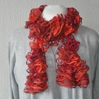 Echarpe à volants rouge bordeaux accessoire mode