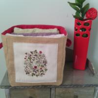 Panier vintage fleur toile de jute rouge écologique réutilisable veronpiotcreation