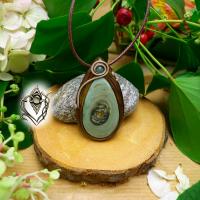 Pendentif artisanal en Jaspe polychrome du Mexique et Agate mousse verte, pièce unique