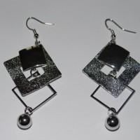Boucles d'oreilles métal carrés divers