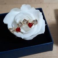 Boucles d'oreilles trio d'amour doré cristal rouge