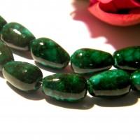 10 perles verre laqué - goutte de 13 mm- vert -façon régalite - perle de verre -F159