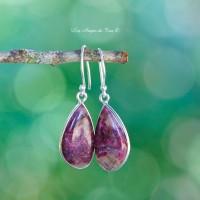 Eudialyte boucles d'oreilles, pierre d'émotions douce et généreuse