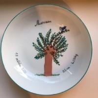 Assiette ronde et creuse de porcelaine, décor personnalisé, pour bébé ou jeune enfant