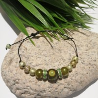 Bracelet en perles vert