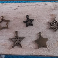 Lot de 6 Breloques ronde étoile Bronze