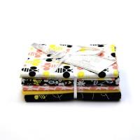 Lot de 5 coupons 45 cm x 50 cm ABEILLES , coton américain , Emma & Mila