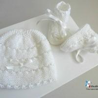 Bonnet bebe et chaussons, 6 mois, calinou LAIT, FILLE rayé astrakan tricote main, bb, tricot bebe, layette, modèle SUR COMMANDE
