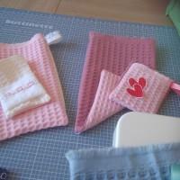 Tout en rose ! Ensemble Gant + Petit Pochon