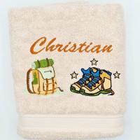 Broderie personnalisé motif randonnée, marche, sur serviette, drap de bain, cape de bain, peignoir ou pochon de rangement