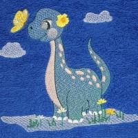 Broderie personnalisé motif dinosaure sur serviette, drap de bain, cape de bain, peignoir ou pochon de rangement