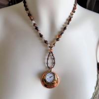 Collier Montre en pendentif Agate café brun clair blanc et Hématite, pierres fines - cuivre et plaqué or 18 K.