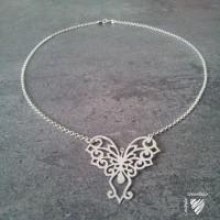 Collier pendentif papillon filigrane en argent 925