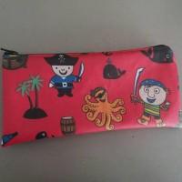 Trousse zippée en toile enduite pirates /rouge